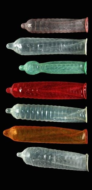 5074-condoms-come-wide-range-shapes-colours-and-sizes-615x300
